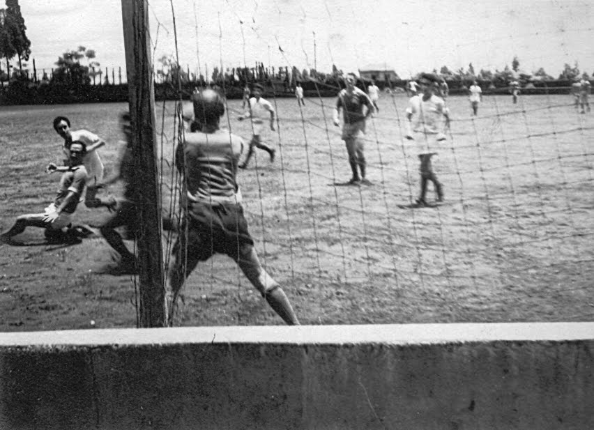 Partida de futebol dos funcionários do Banco do Brasil - Década de 1950