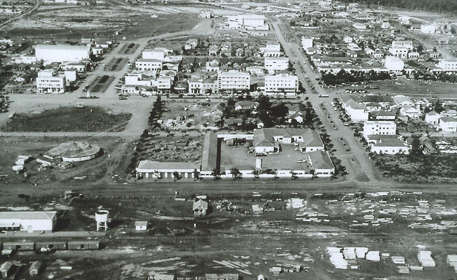 Uma análise temporal a partir do centro de Maringá - 1957