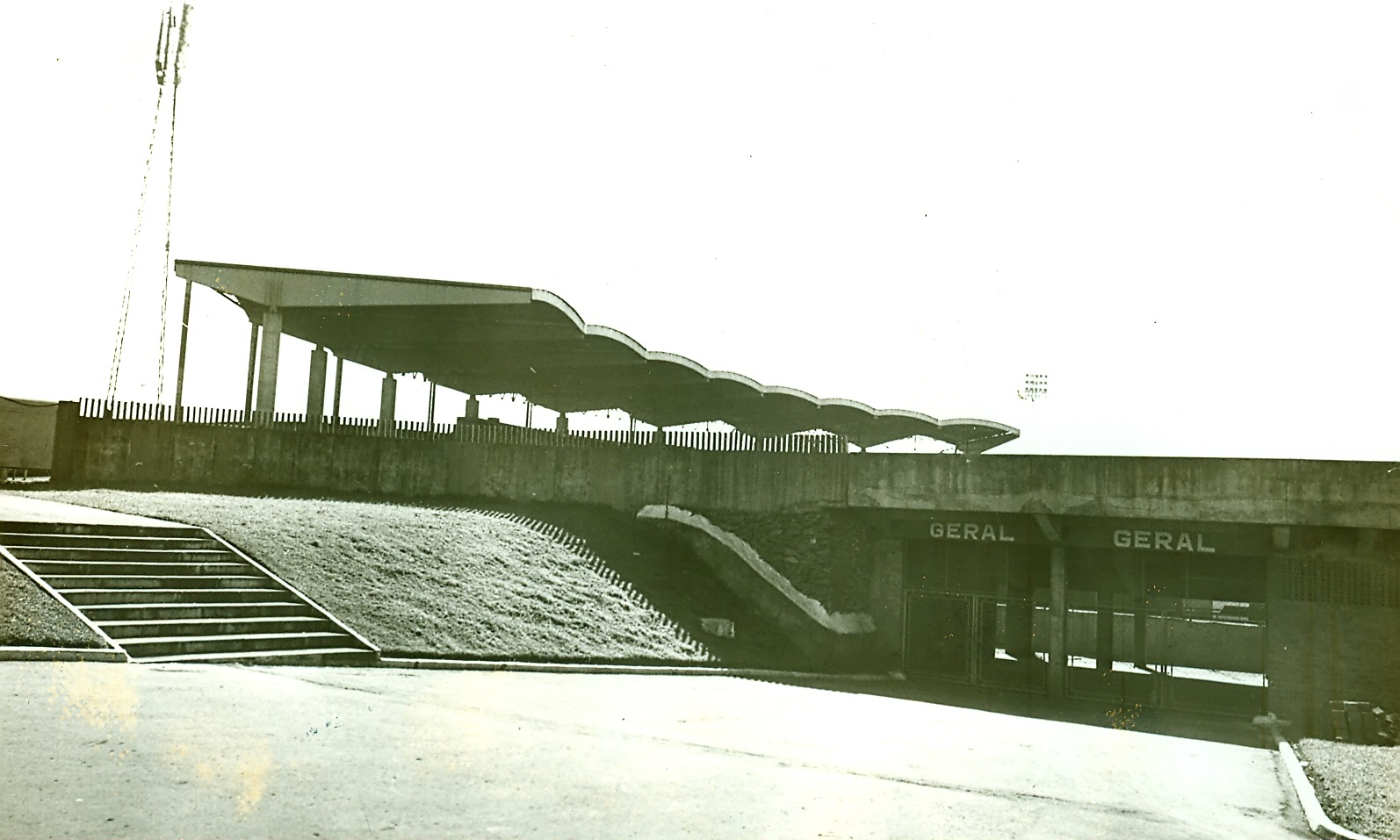 Estádio Municipal Willie Davids - Década de 1980