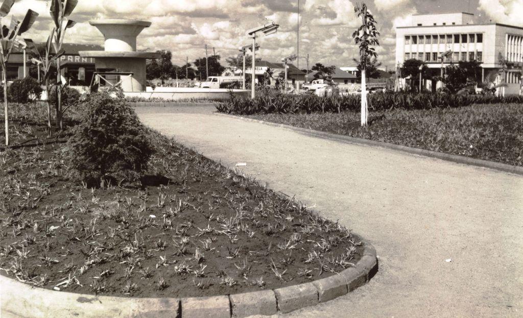 Praça Raposo Tavares - Década de 1950