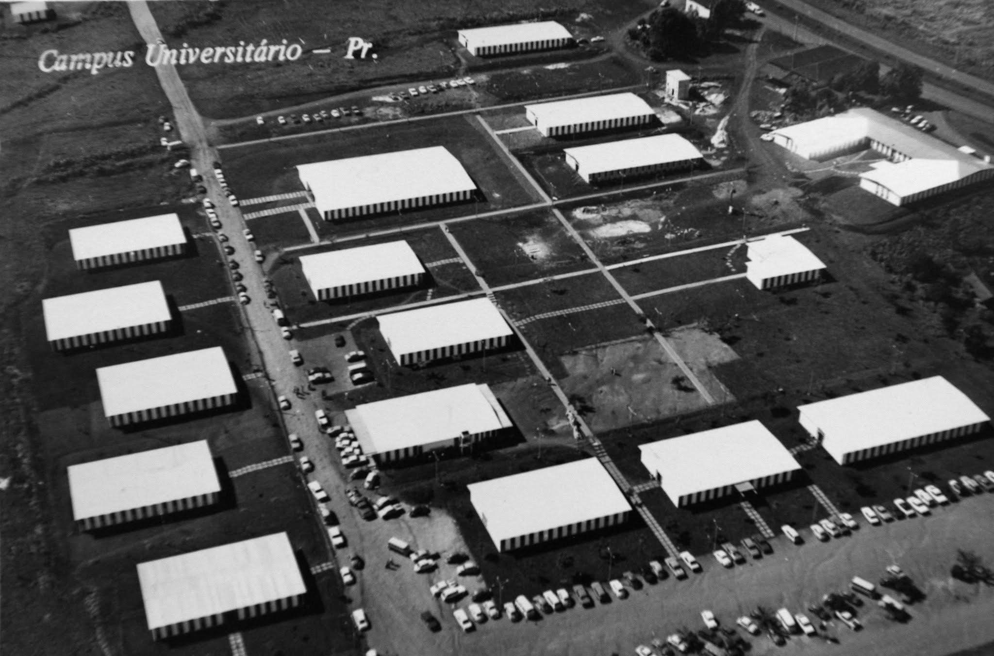Vista aérea da UEM - 1974