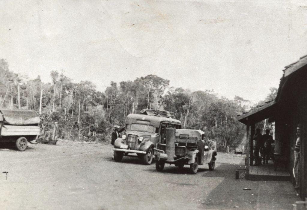 Veículos movidos a gasogênio - Década de 1940