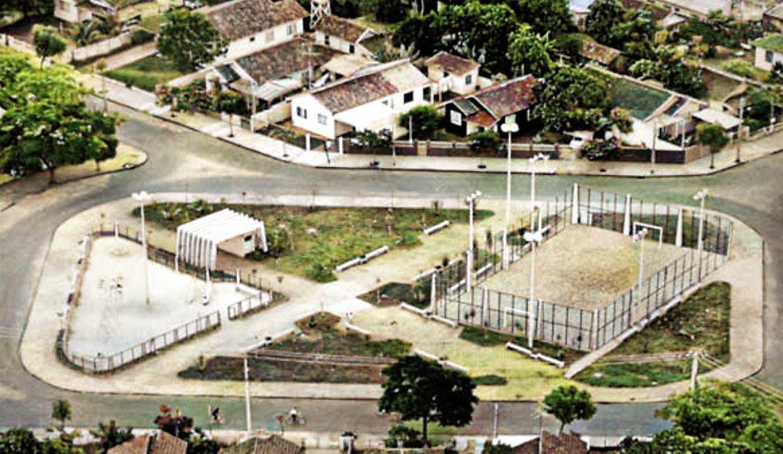Série: Cores do Passado - Praça Oswaldo Vieira - 1980