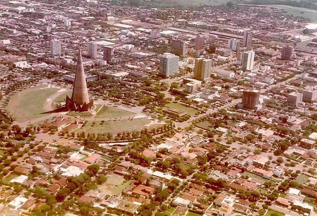 Vista aérea do centro - Década de 1970