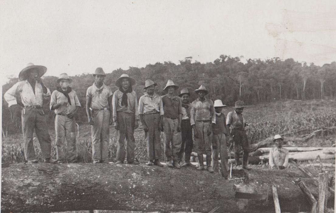 Funcionários da Fazenda São Bonifácio - Década de 1940