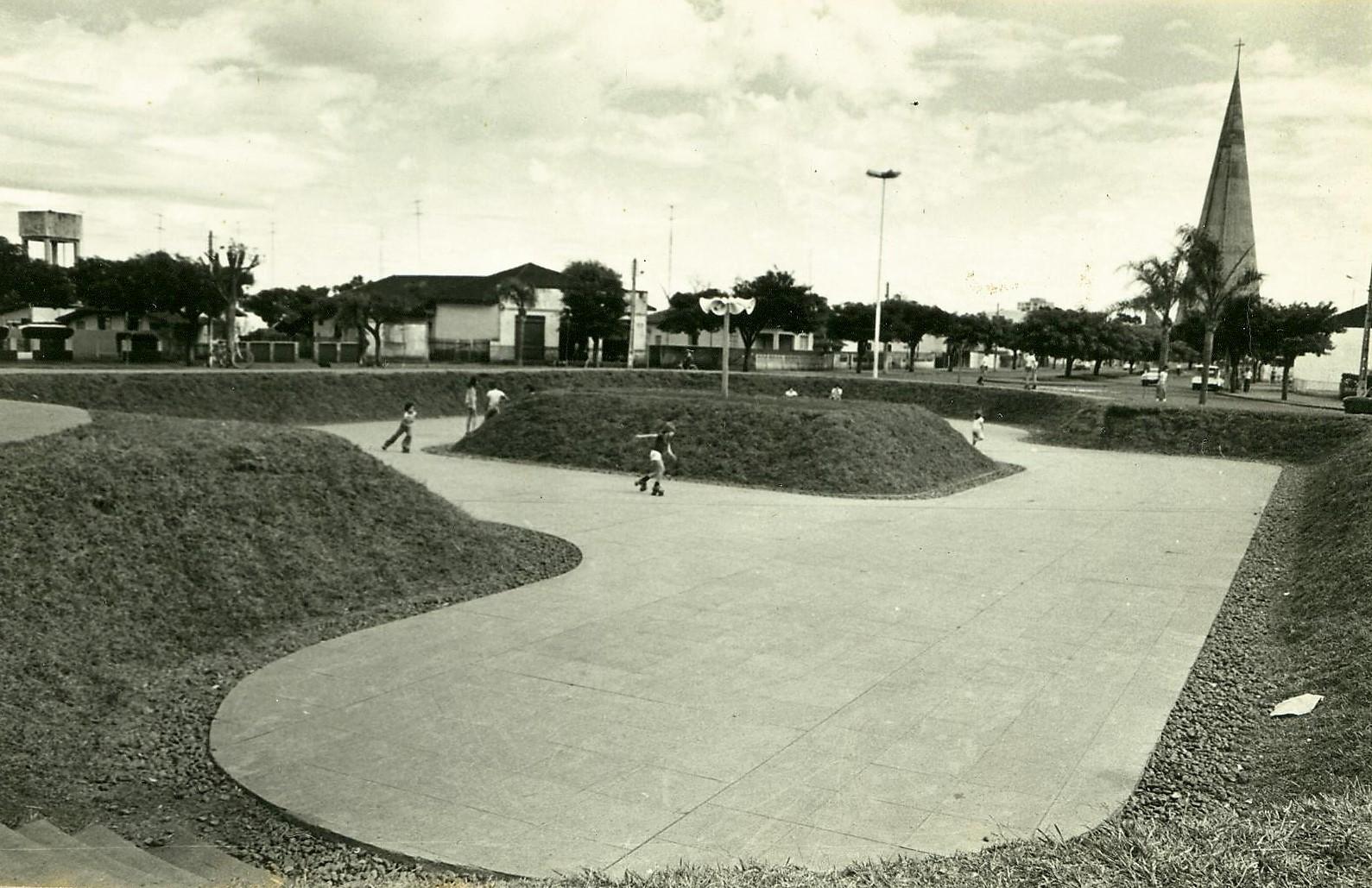 Praça Pedro Álvares Cabral - Início dos anos 1980