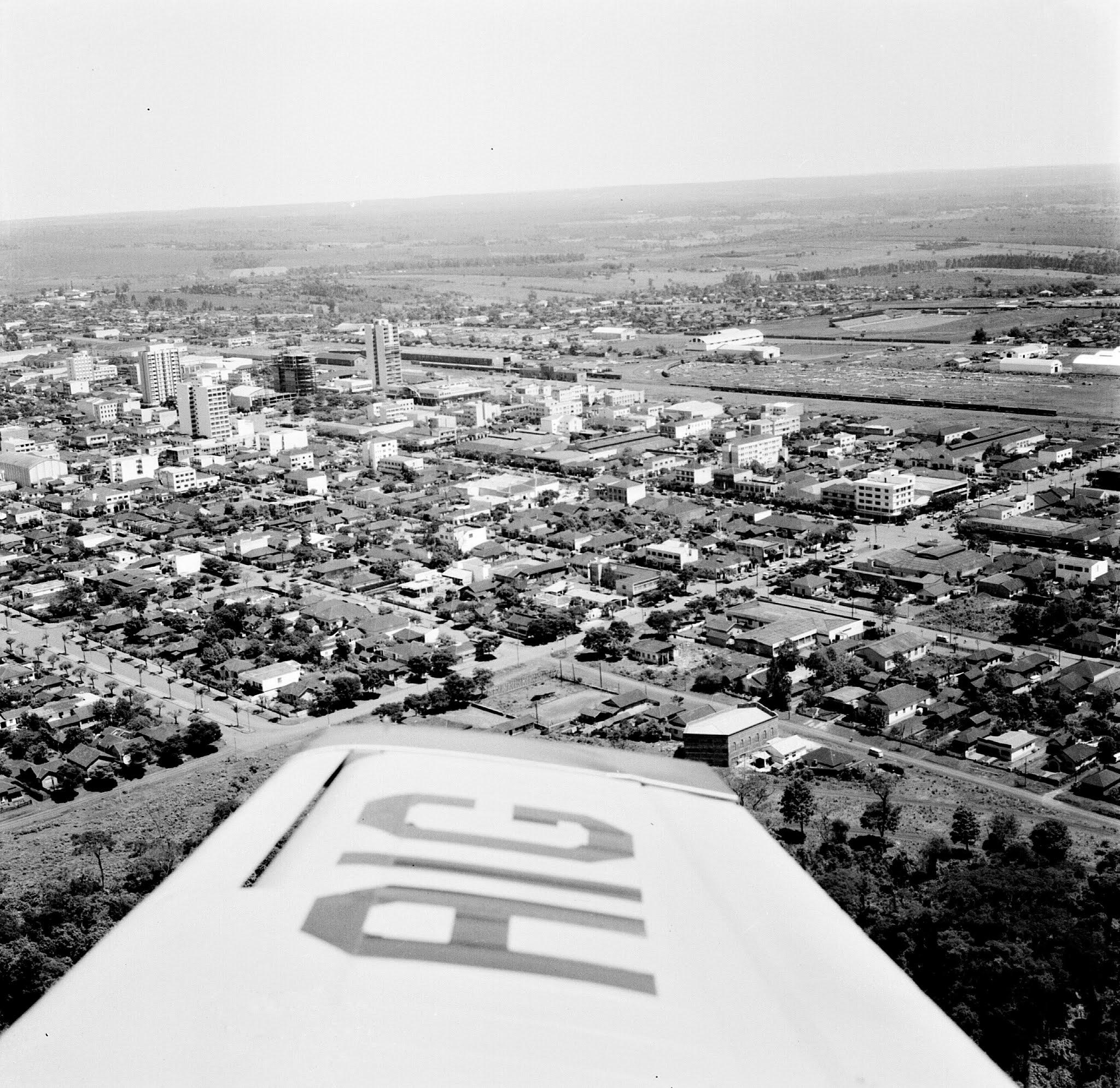 Vista aérea da avenida São Paulo - Anos 1960