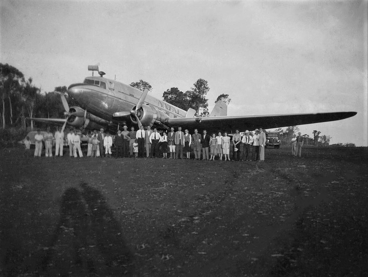 Douglas DC-3 em Maringá - Anos 1950
