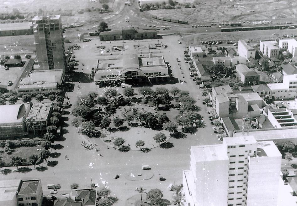 Praça Raposo Tavares - Década de 1960