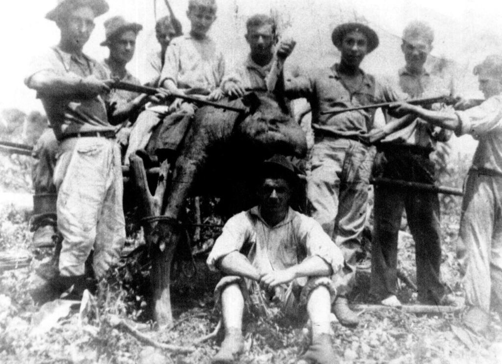Caçada de Anta - Década de 1940