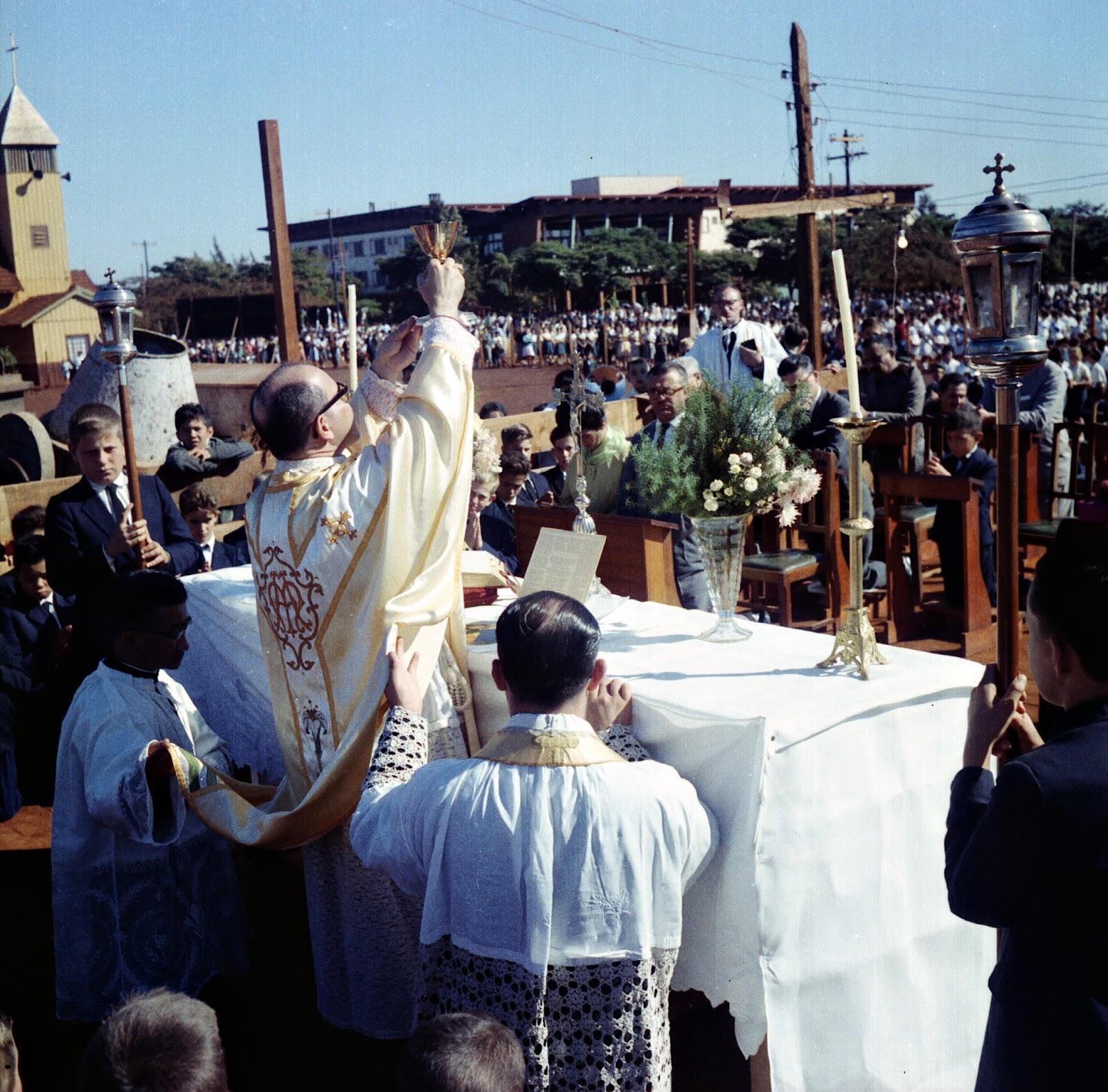 Missa Campal - Início dos anos 1960