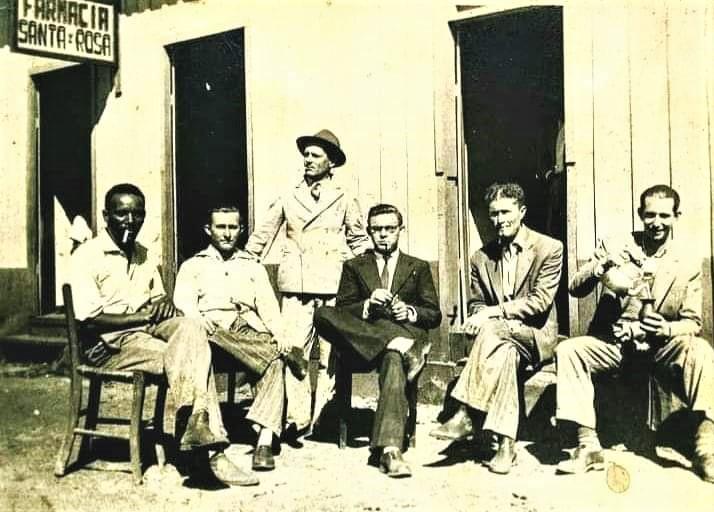 Personagens no Maringá Velho - 1954