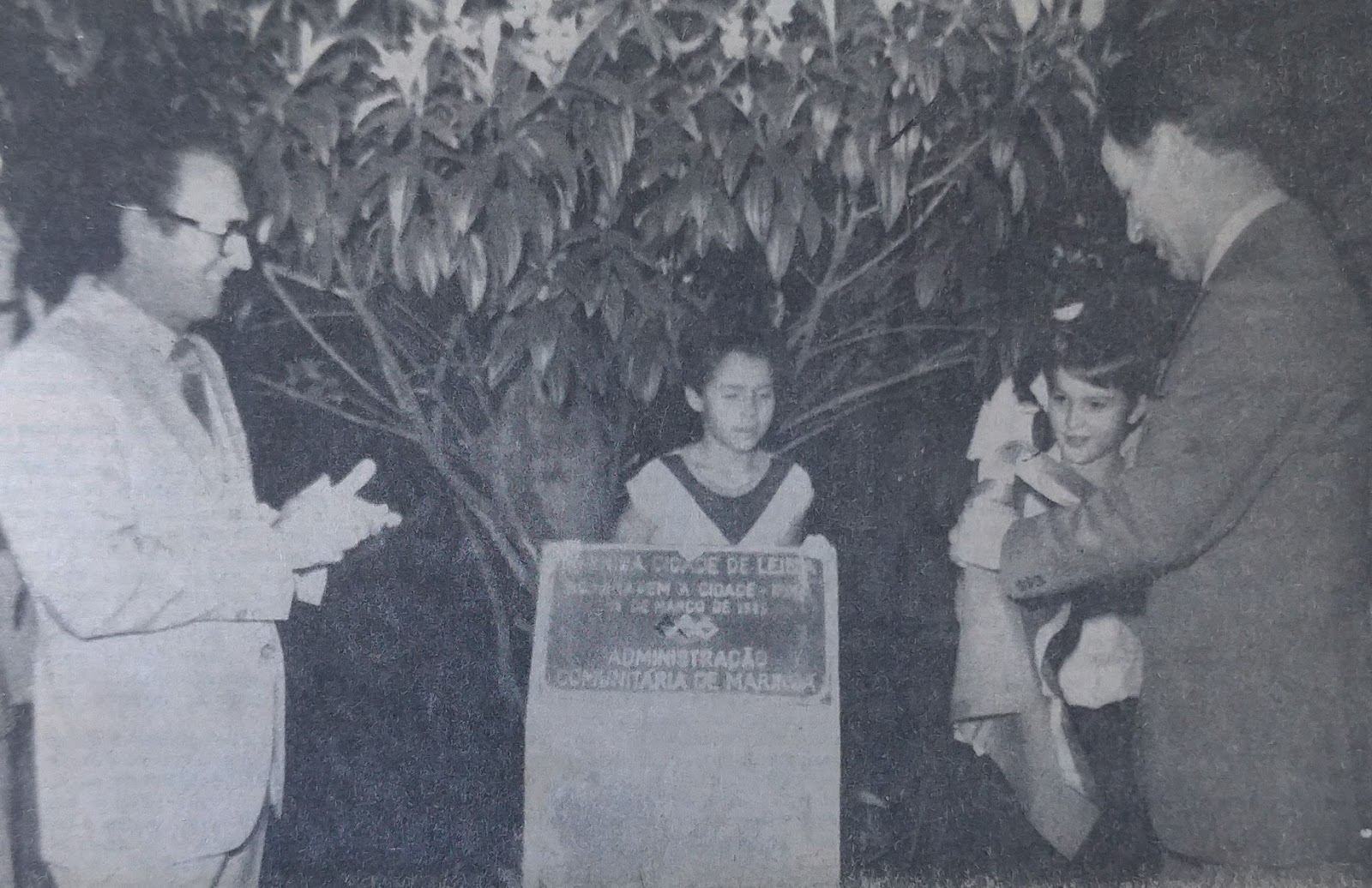 Comitiva portuguesa inaugura a avenida Cidade de Leiria - 1985