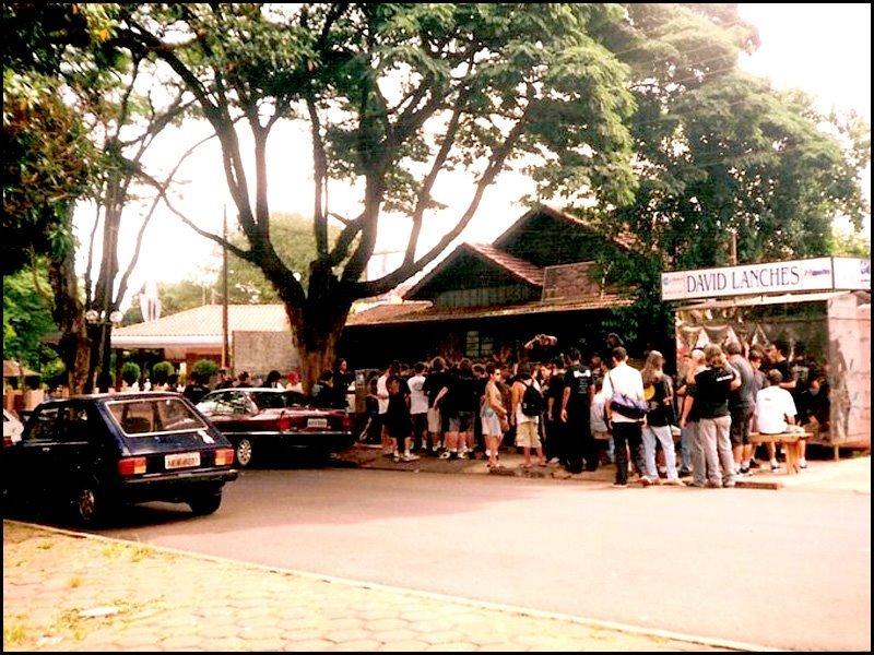 Tribo's Bar