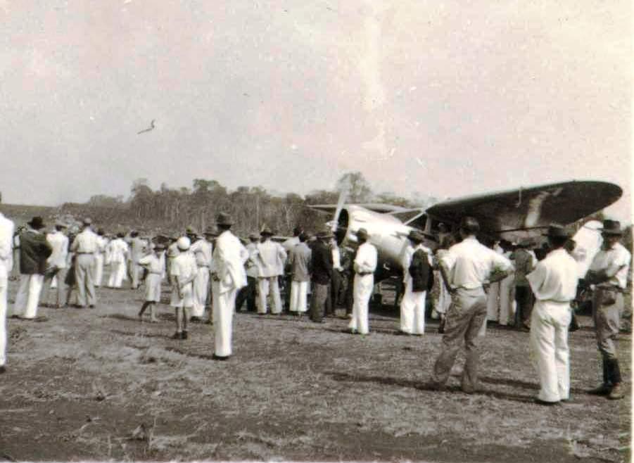 Público presente - Inauguração do Campo do Pouso - 1949