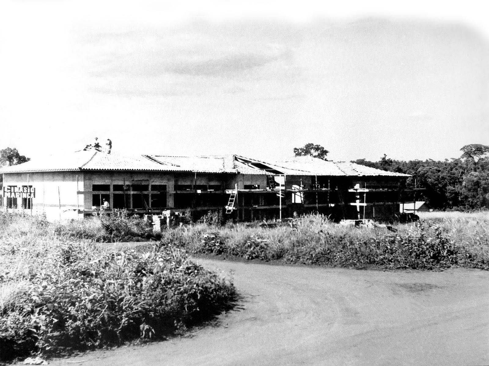 Ginásio Maringá em construção - Década de 1950
