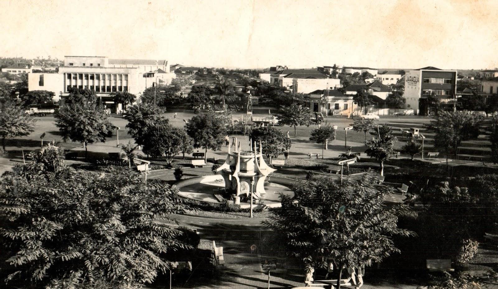 Praça Raposo Tavares - Início dos anos 1960