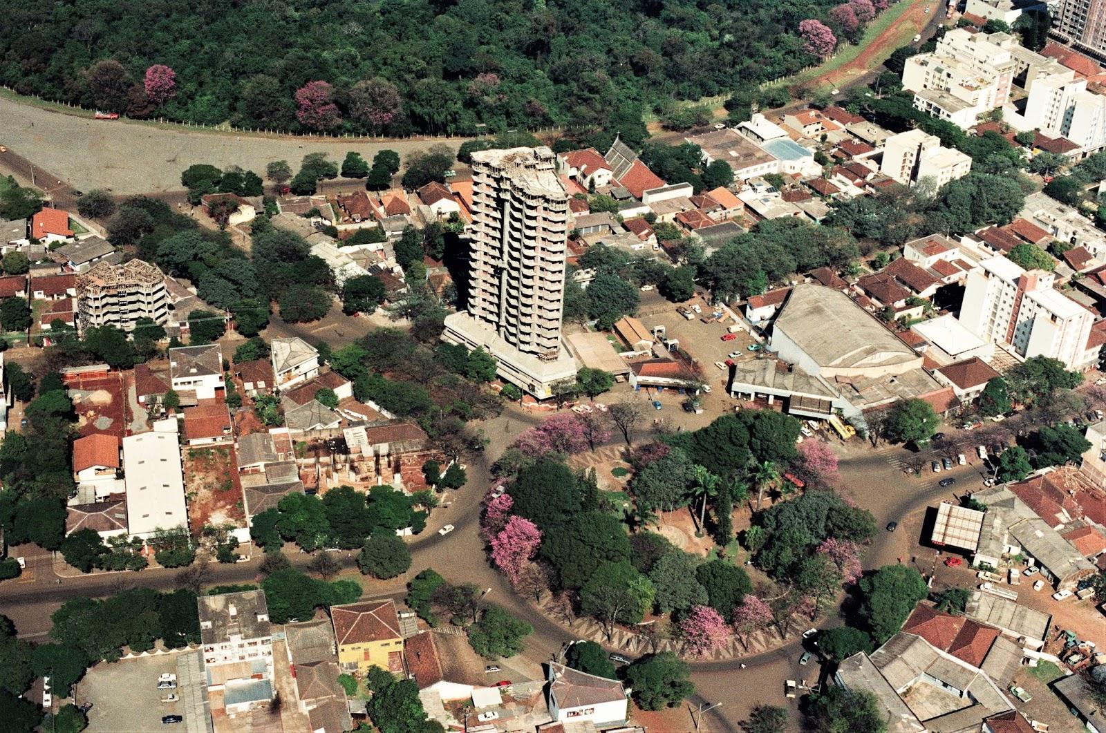Praça Rocha Pombo - 1989