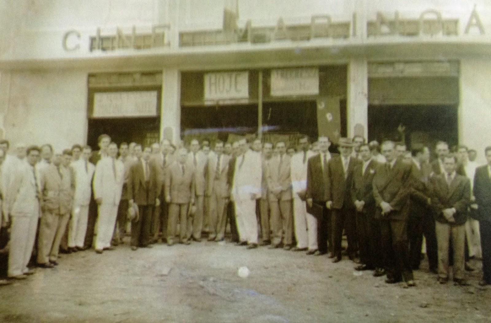 Inauguração do Cine Maringá - Avenida Brasil