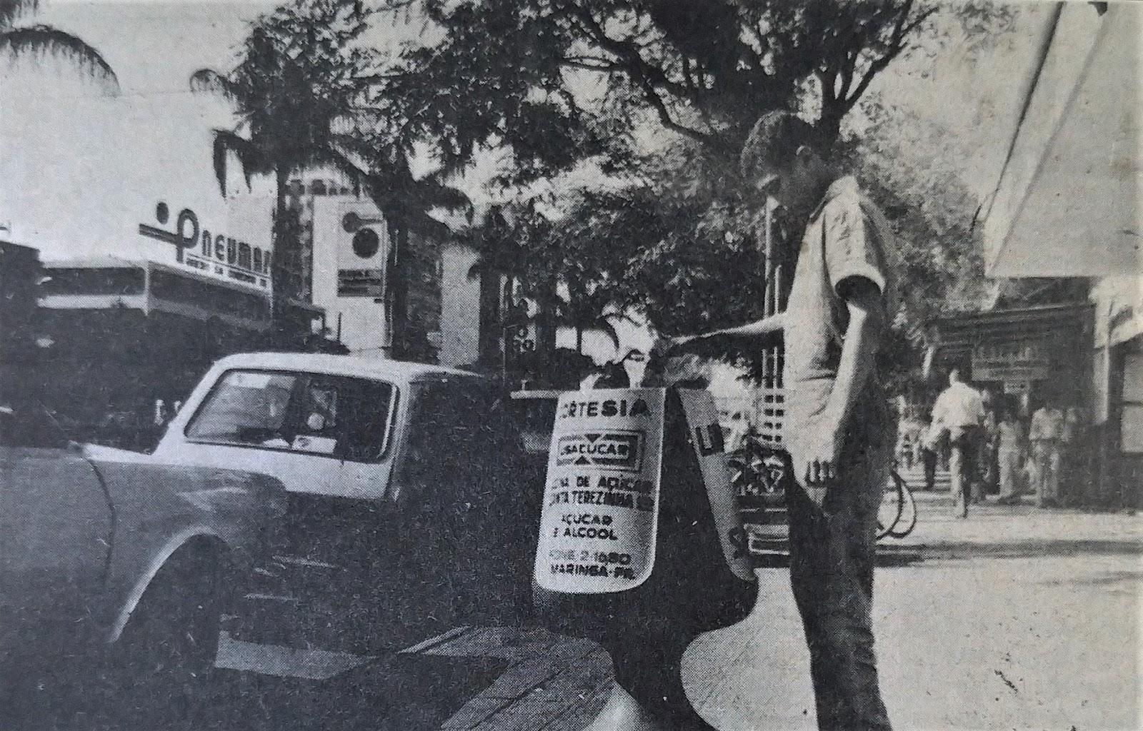 Novas lixeiras - 1975