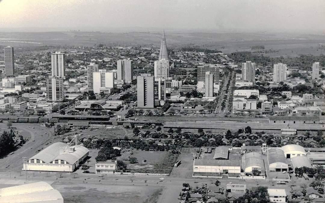 Avenida Prudente de Morais - Anos 1980