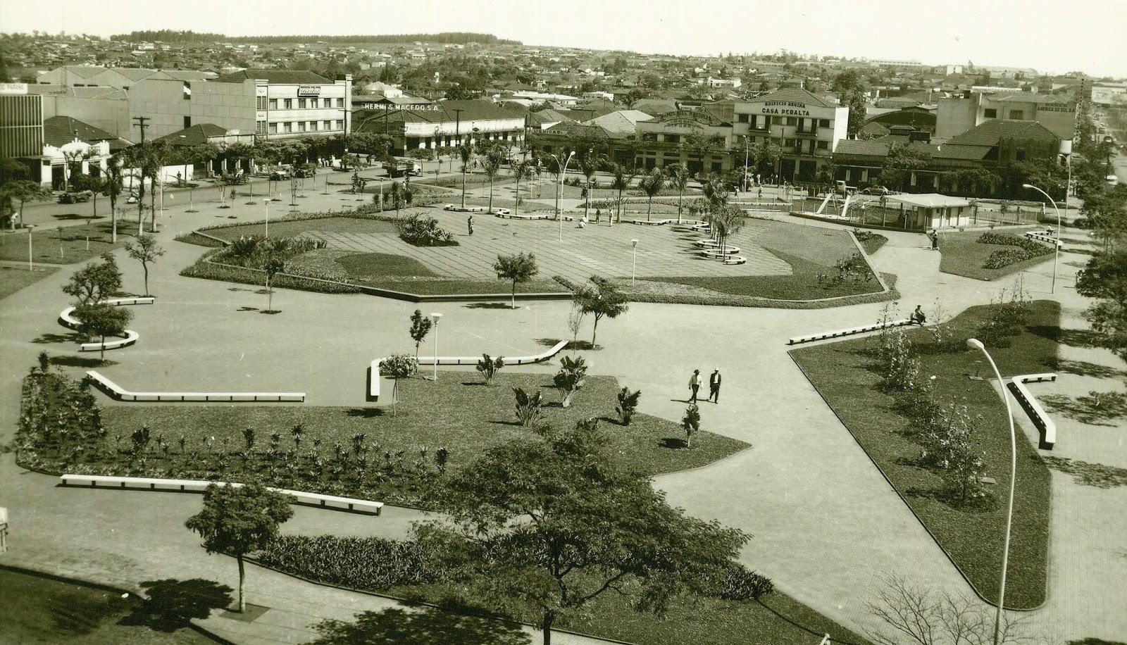 Praça Napoleão Moreira da Silva - 1968